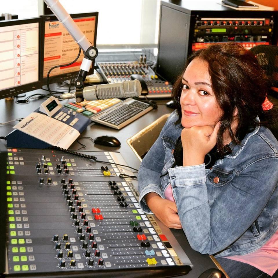Füsun Tuncer Hangi Radyo İle Anlaştı!