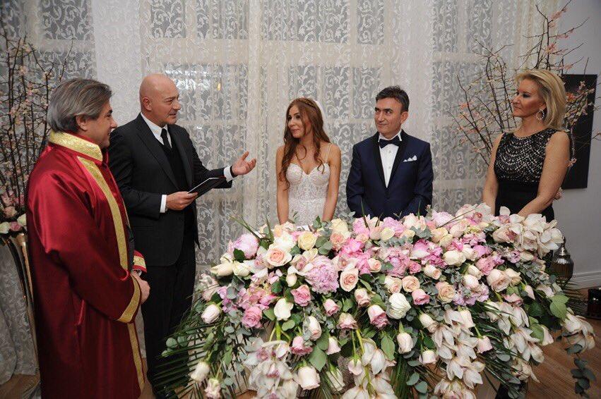 Gezegen Mehmet Düğün Töreni Düzenliyor!