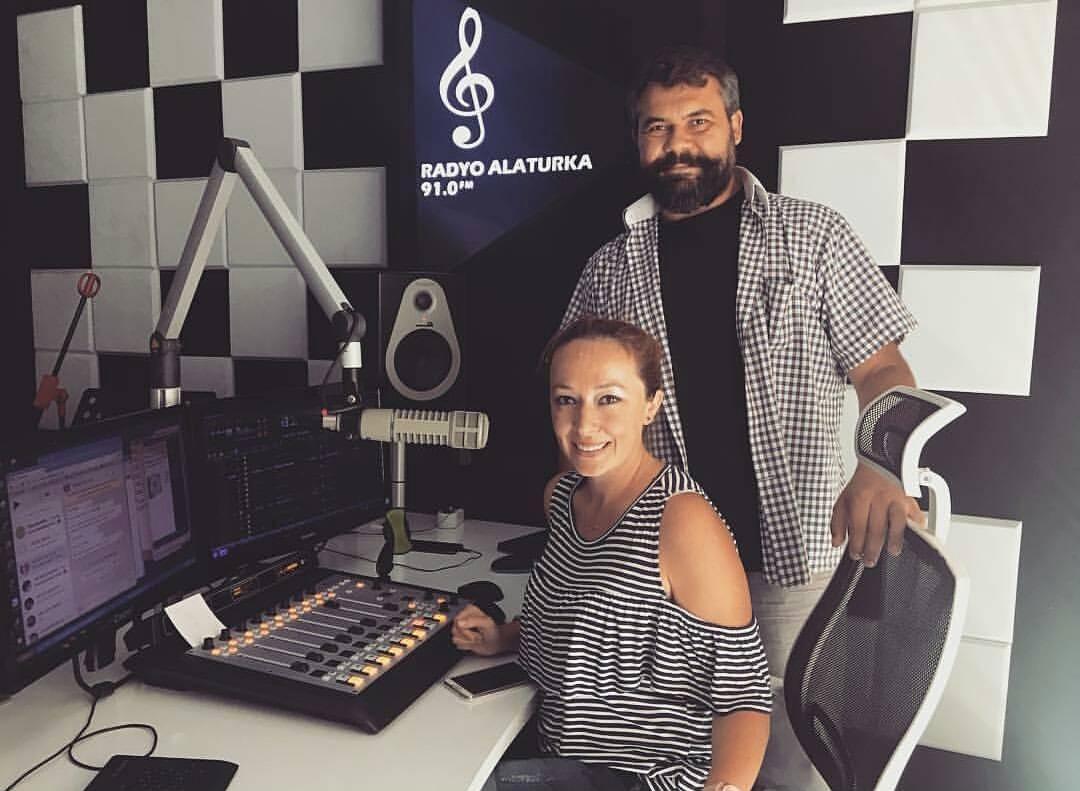 Tuğba Saraçlar Radyo Alaturka'dan Ayrıldı!